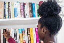 Autores de literatura infantil y juvenil